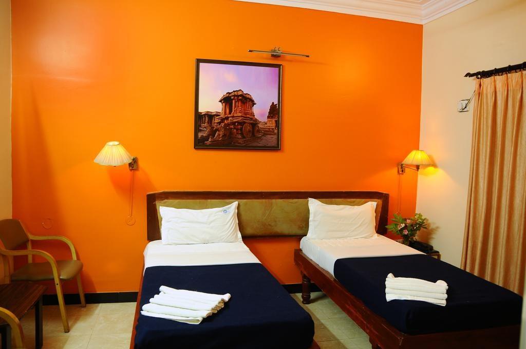 hampi hotel maurya bhuvaneshwari