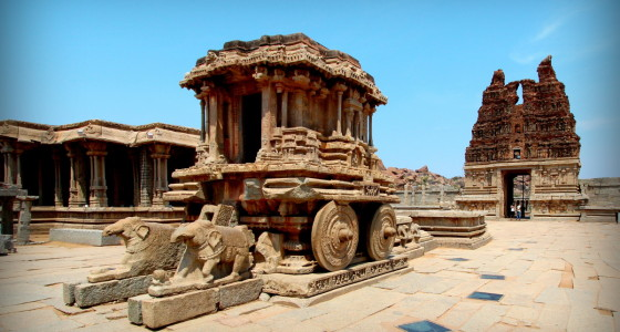 the famous chariot at hampi