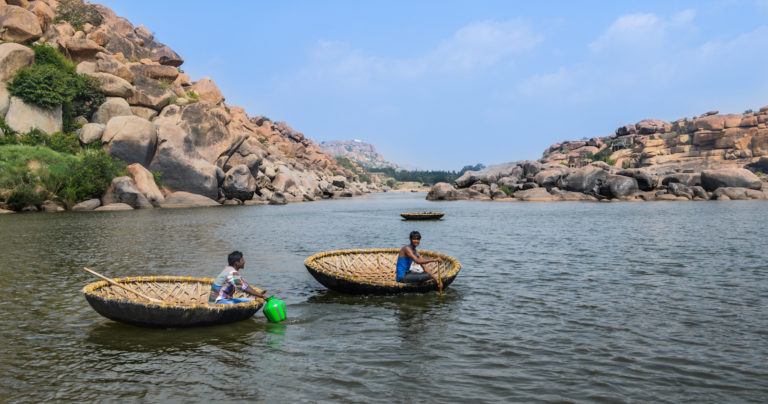 coracle boat ride along the tungabhadra