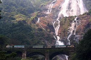 goa to hampi by train